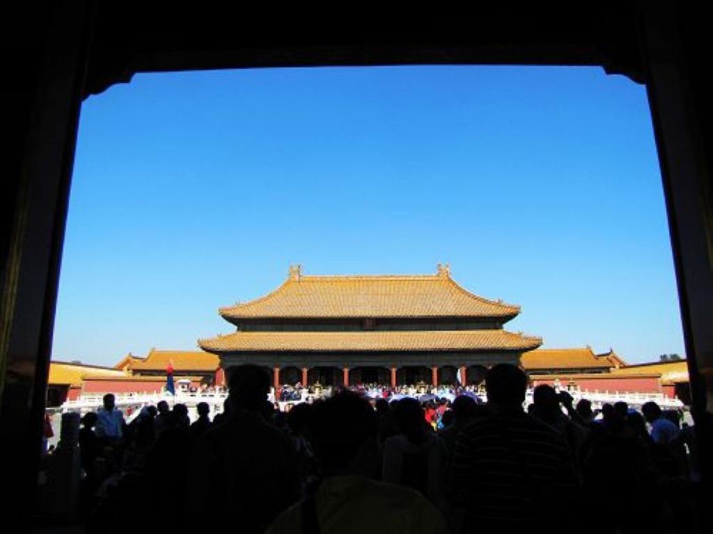 故宫位于北京市中心,旧称紫禁城